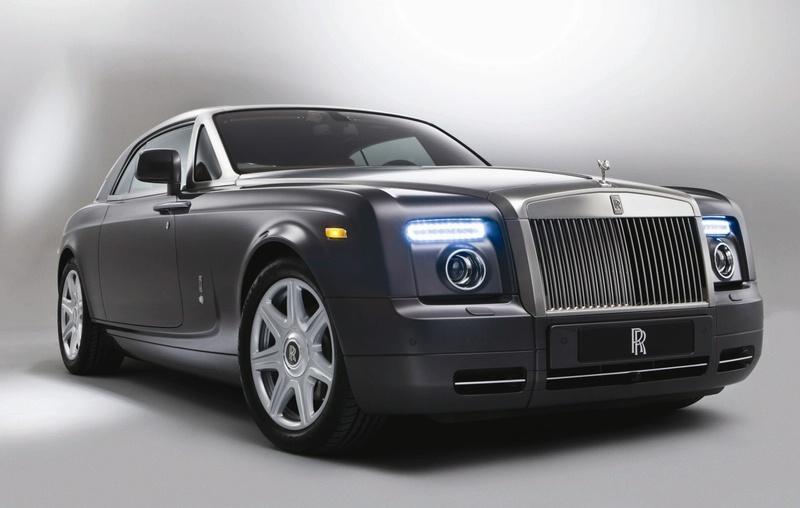 Rolls-Royce Phantom Coupe Revealed ahead of Geneva autoshow