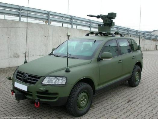 vw_touareg_military.jpg