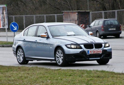 bmw_e90_3series_spy.jpg