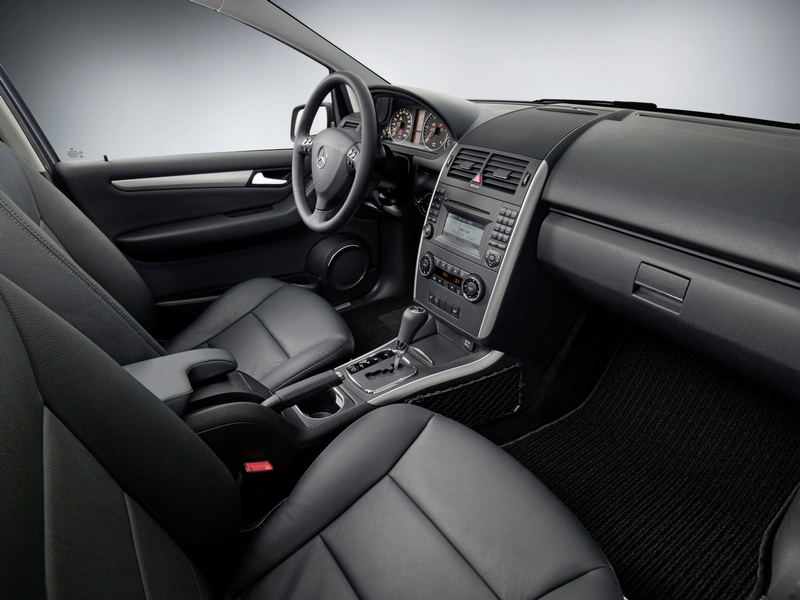mercedes a class 2009 made a redesign photo it s your auto world new cars auto news. Black Bedroom Furniture Sets. Home Design Ideas