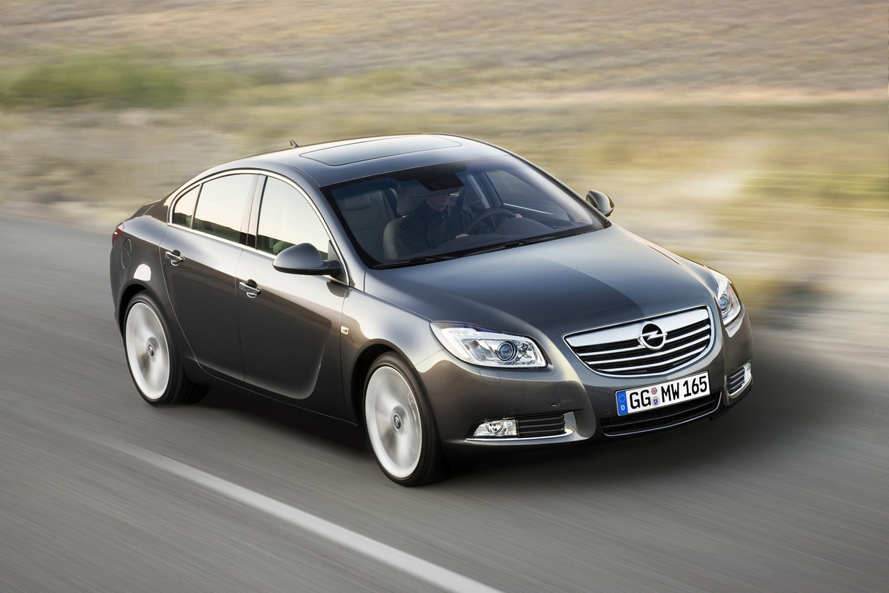 opel-insignia-photo.jpg