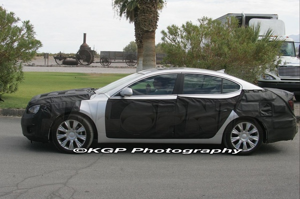 New Kia Vg Sedan Spied On Road Spy Photo Its Your Auto World