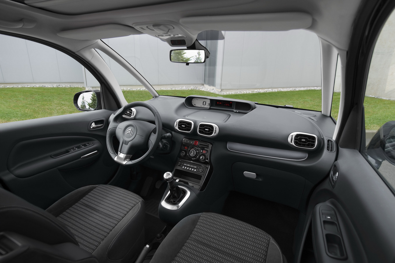 citroen c3 picasso mpv interior img 7 it s your auto world new cars auto news reviews. Black Bedroom Furniture Sets. Home Design Ideas