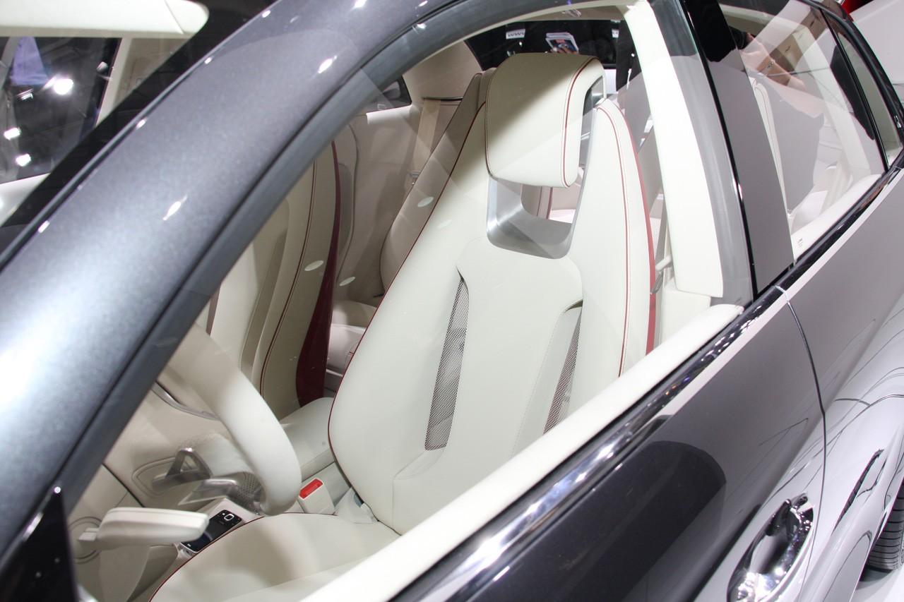 Audi a1 sportback concept live at paris2008 interior img 9 for Audi a1 sportback interieur