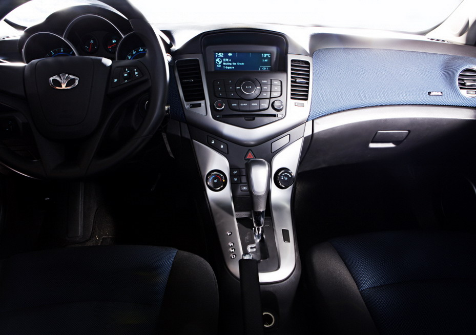 new 2009 daewoo lacetti gm s chevy cruze launches in