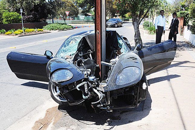 Ferrari 360 Modena Crashed Into The Pole In Walkerville