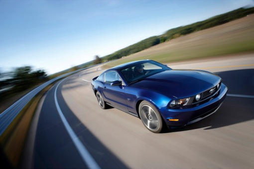 ford-mustang-2010-official-img_1
