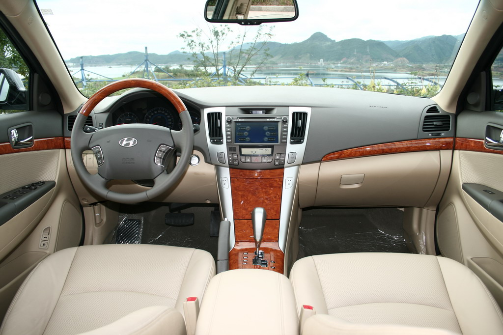 Hyundai Sonata 2009 China Reval Interior Img 7 It S Your Auto World New Cars Auto News