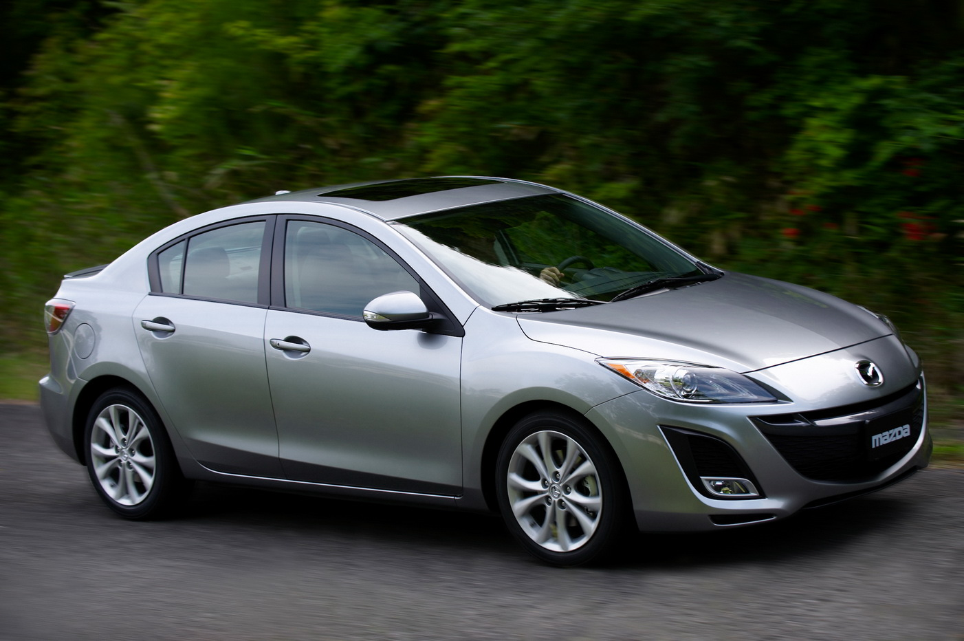 all new 2010 mazda3 revealed at the la 2008 photo video it s your auto world new cars. Black Bedroom Furniture Sets. Home Design Ideas