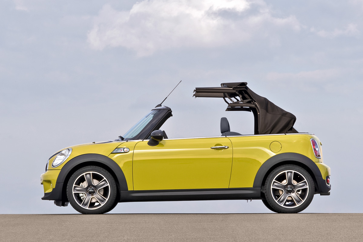 new 2009 mini cooper cabrio unveiled details and photo. Black Bedroom Furniture Sets. Home Design Ideas