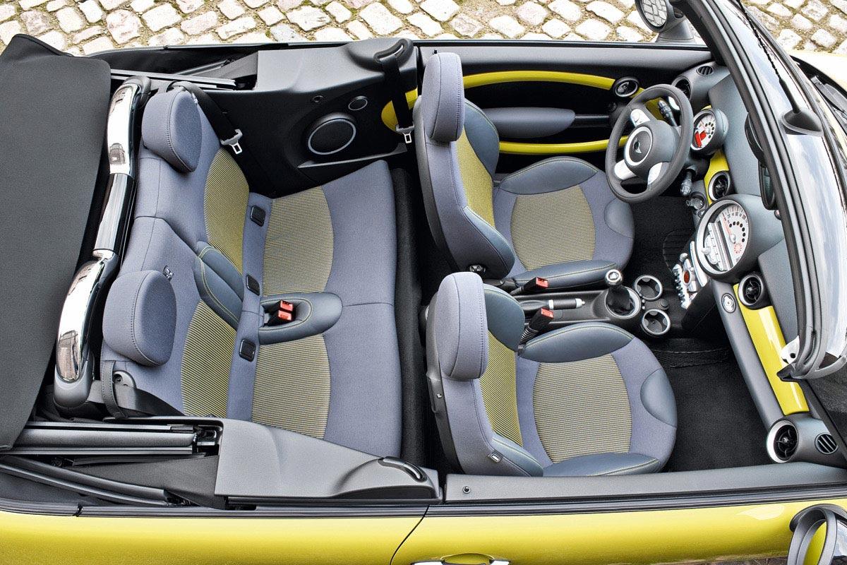 Mini Cooper Convertible Interior Img 12 It S Your Auto