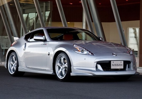 nissan 370z nismo more photos leaked ahead of launch it. Black Bedroom Furniture Sets. Home Design Ideas