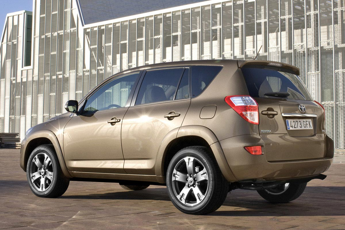 2008 Toyota Rav4 For Sale >> New 2009 Toyota RAV4 Facelift Debuts at Bologna Motor Show | It's your auto world :: New cars ...