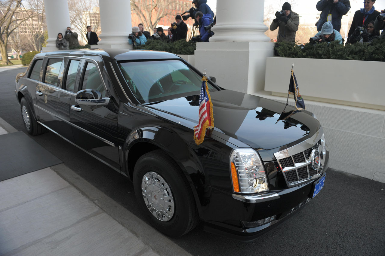 Barack Obama S New Cadillac Presidential Limousine It S