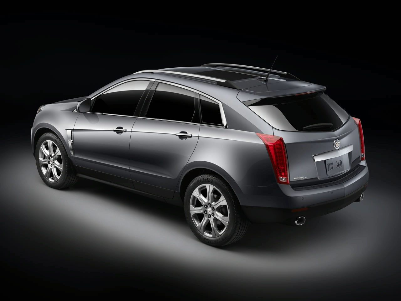 cadillac srx crossover 2010 img 2 it s your auto world new cars auto news reviews photos. Black Bedroom Furniture Sets. Home Design Ideas