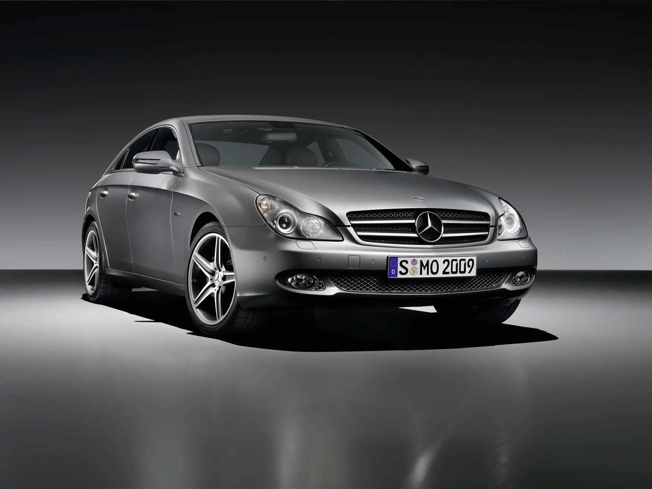 mercedes unveils 2009 cls grand edition (details + photo) | it's