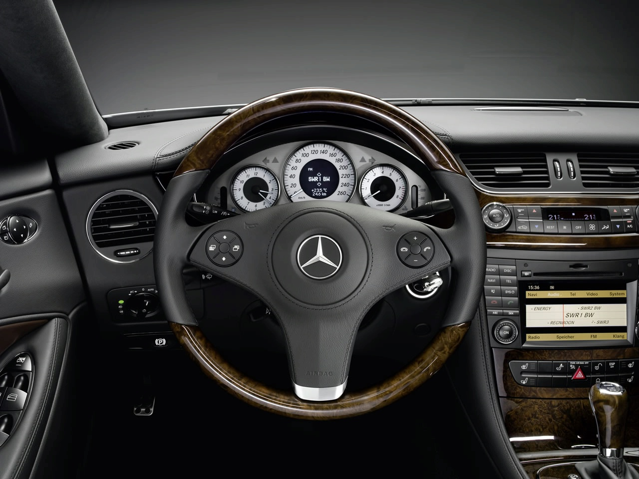 mercedes-cls-grand-edition-interior-2009-img_10 | it's your auto