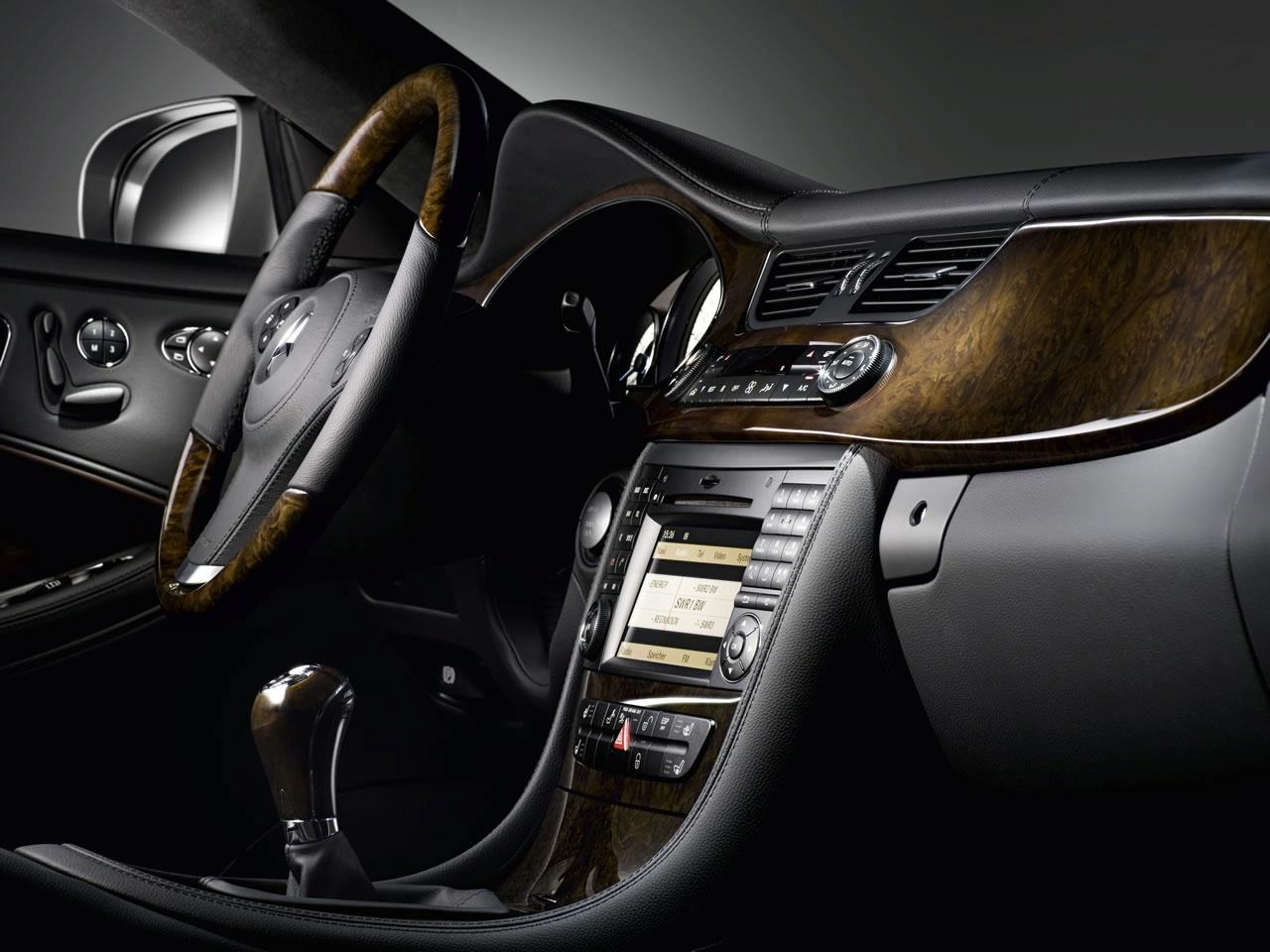 Mercedes Cls Interior Mercedes Unveils 2009 Cls