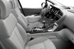 peugeot-3008-crossover-interior-img_14