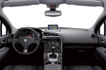 peugeot-3008-crossover-interior-img_15