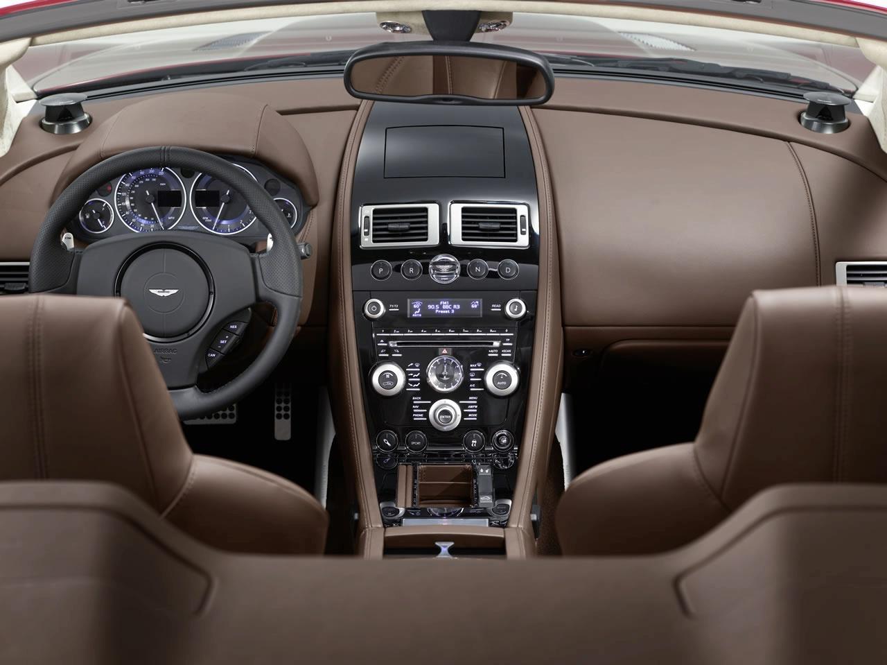 aston-martin-dbs-volante-interior-img_5 | it's your auto world