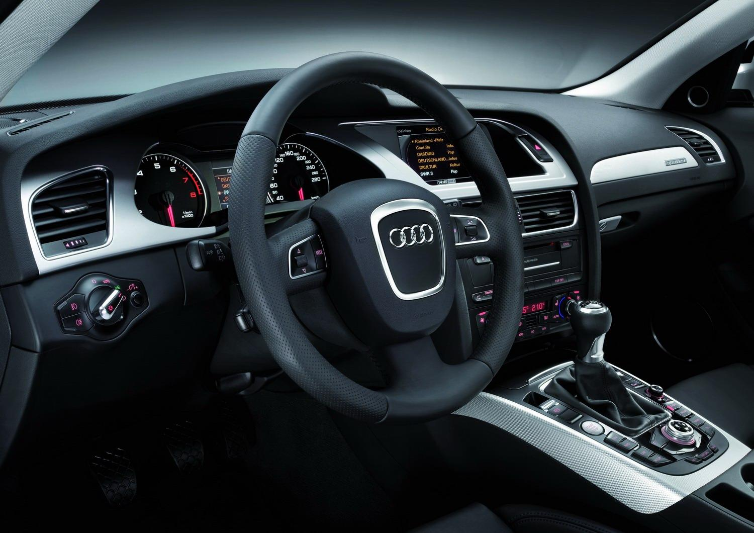 Audi a4 allroad 2010 interior img it s your auto for Lederen interieur audi a4