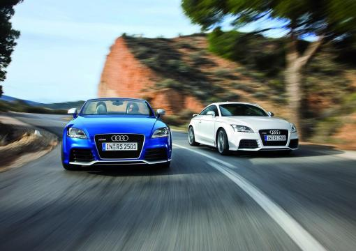 Audi TT-RS Coupe and Roadster img_10