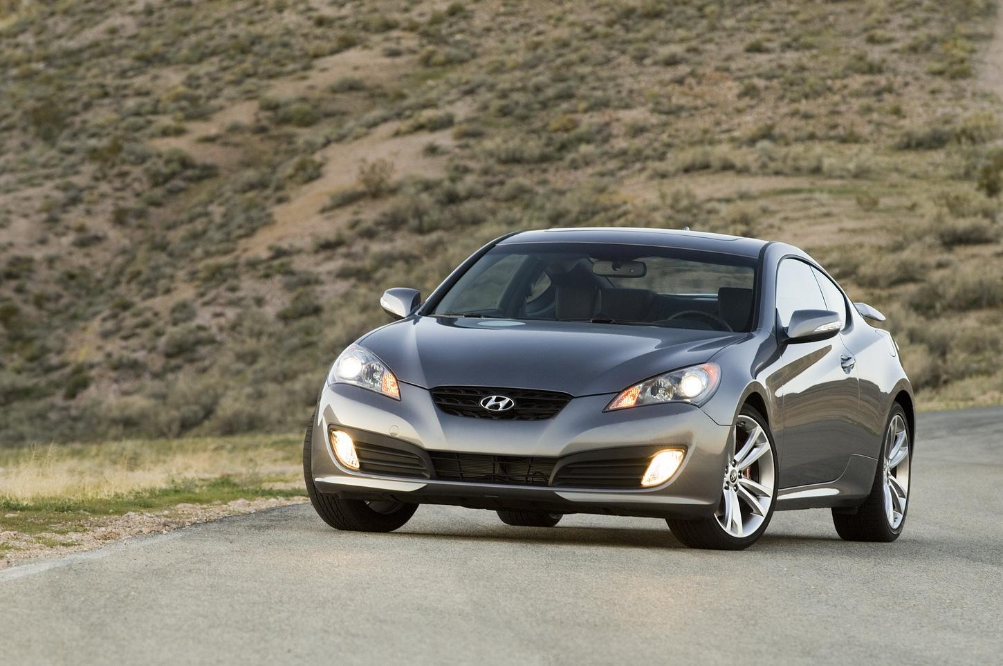 2010 hyundai genesis coupe r spec revealed details and. Black Bedroom Furniture Sets. Home Design Ideas