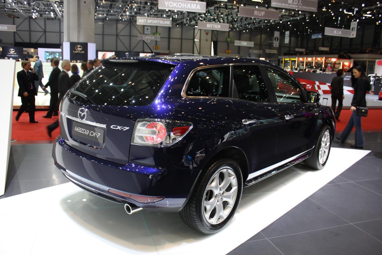 refreshed 2010 mazda cx 7 debuts at geneva motor show it. Black Bedroom Furniture Sets. Home Design Ideas