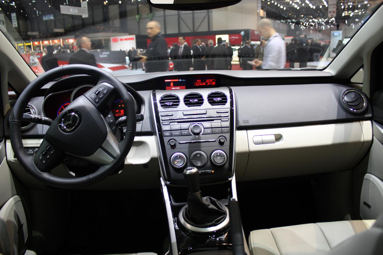 Refreshed 2010 mazda cx 7 debuts at geneva motor show it for Factor motors le center mn