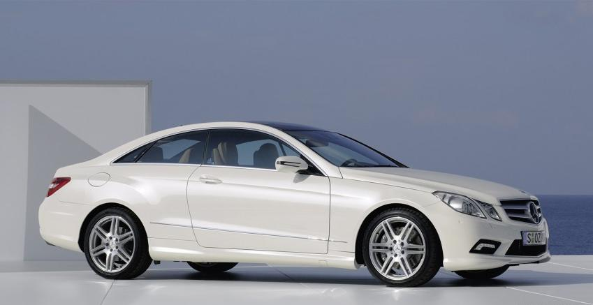 New 2010 Mercedes-Benz E-Class Coupe Revealed ahead of Geneva Debut