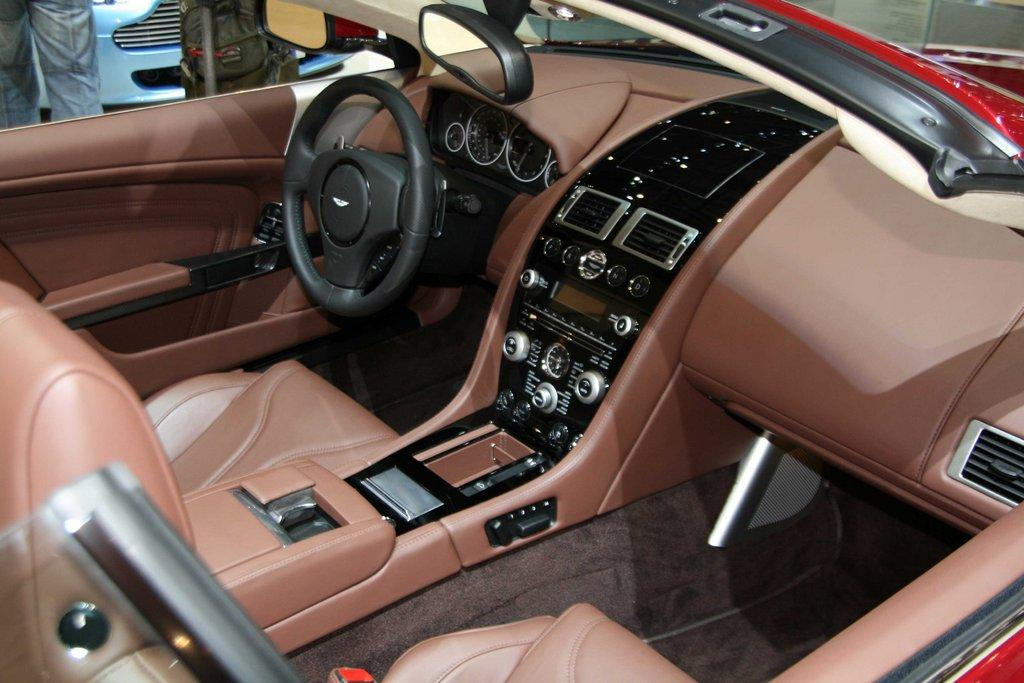 new aston martin dbs volante officially unveiled at geneva motor show it s your auto world. Black Bedroom Furniture Sets. Home Design Ideas