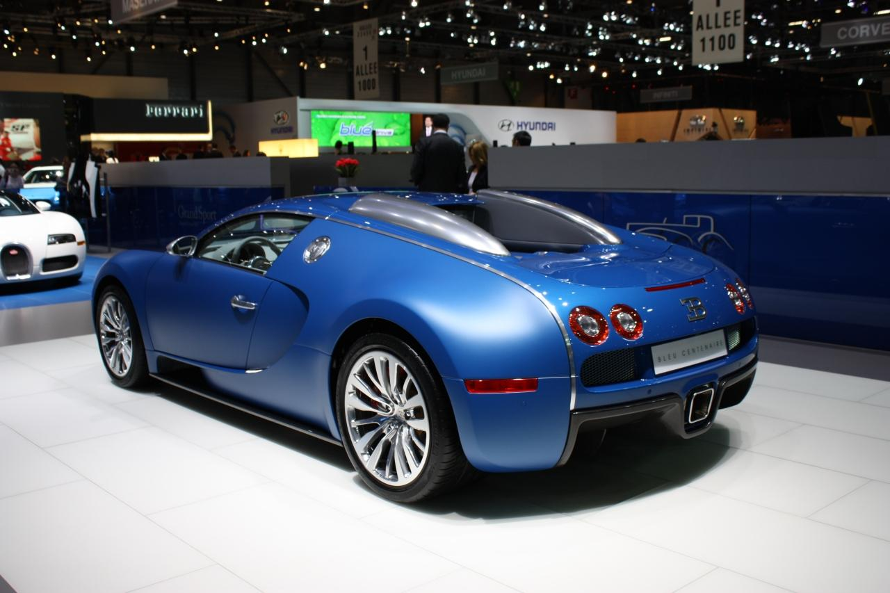 bugatti veyron bleu centenaire live at geneva img 4 it s your auto world new cars auto. Black Bedroom Furniture Sets. Home Design Ideas