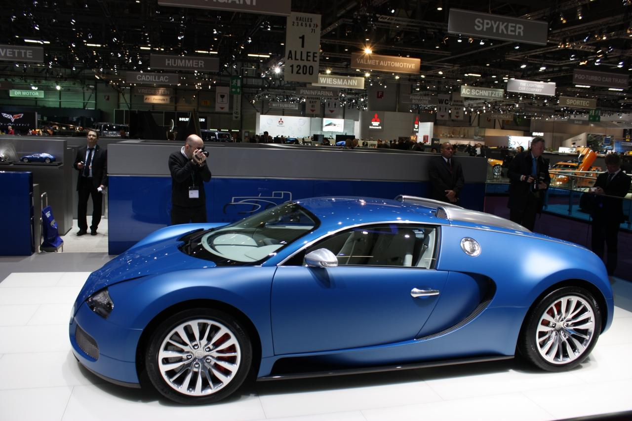 bugatti veyron bleu centenaire live at geneva img 5 it s your auto world new cars auto. Black Bedroom Furniture Sets. Home Design Ideas