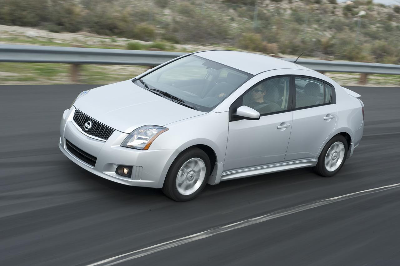 Nissan Sentra 2009 Model. 2009 Nissan Sentra FE + 2.0 SR