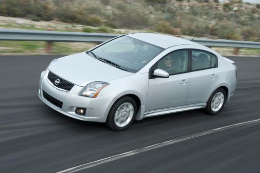 2009 Nissan Sentra FE + 2.0 SR img_1