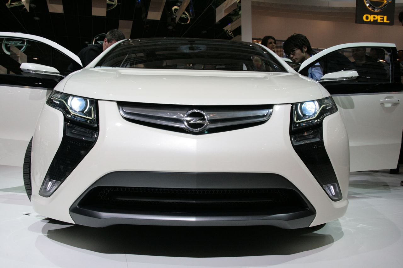 at Geneva Motor Show img_3