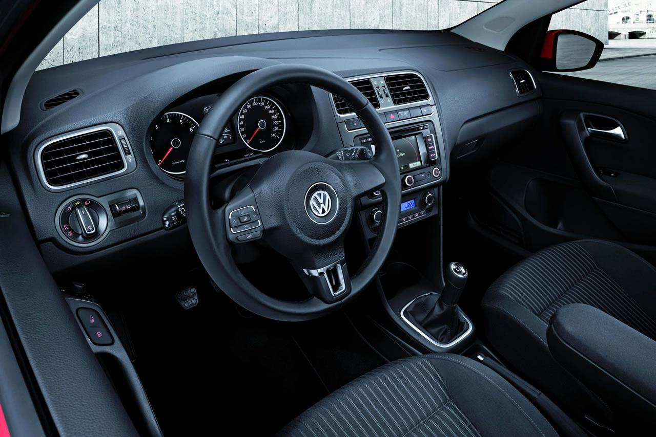 Volkswagen polo mkv 2009 official interior img 18 it s for Interior volkswagen polo