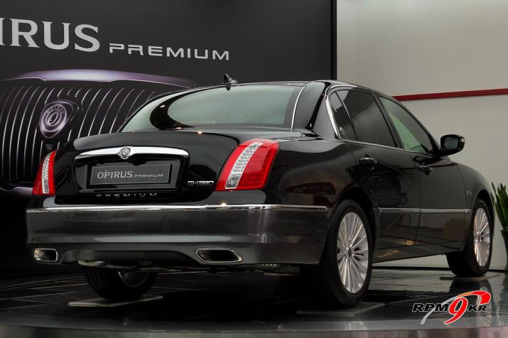 New 2010 Kia Opirus Premium Debuts In Korea It S Your Auto World New Cars Auto News