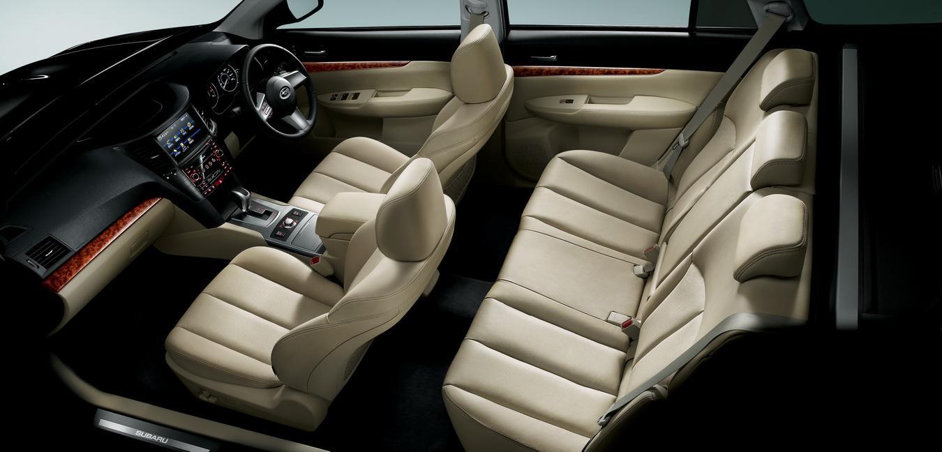 Subaru Legacy Touring Wagon 2010 interior img10  Its your auto