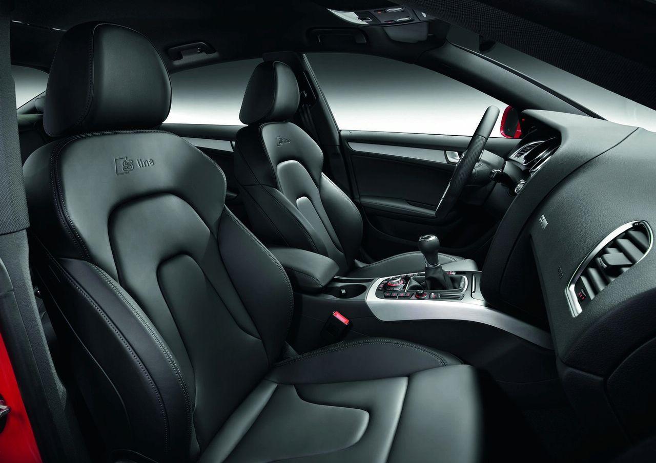 Audi A5 Coupe 2009 Interior