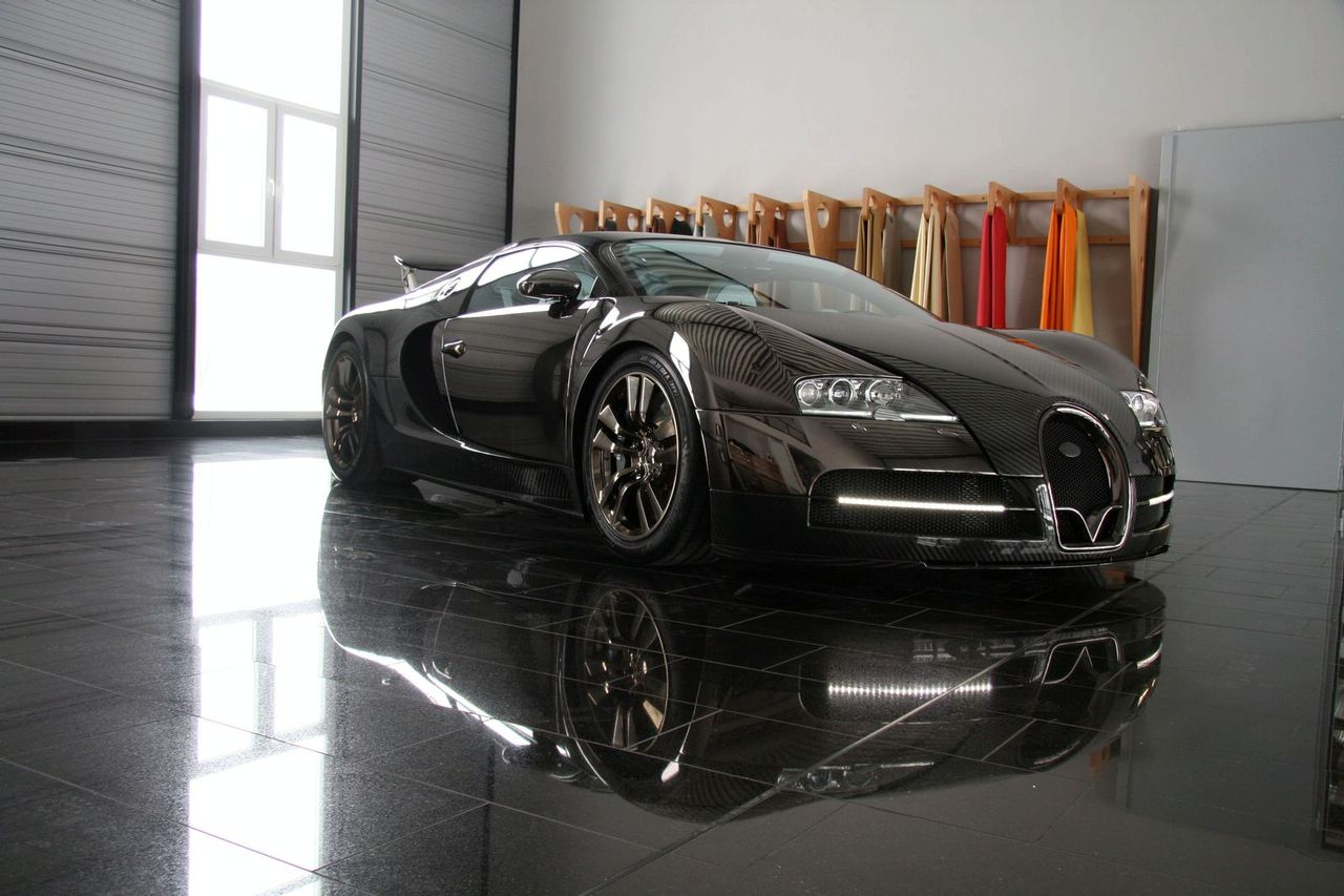 bugatti veyron linea vincero modified by mansory photos. Black Bedroom Furniture Sets. Home Design Ideas