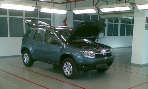 New Dacia SUV spy img_1