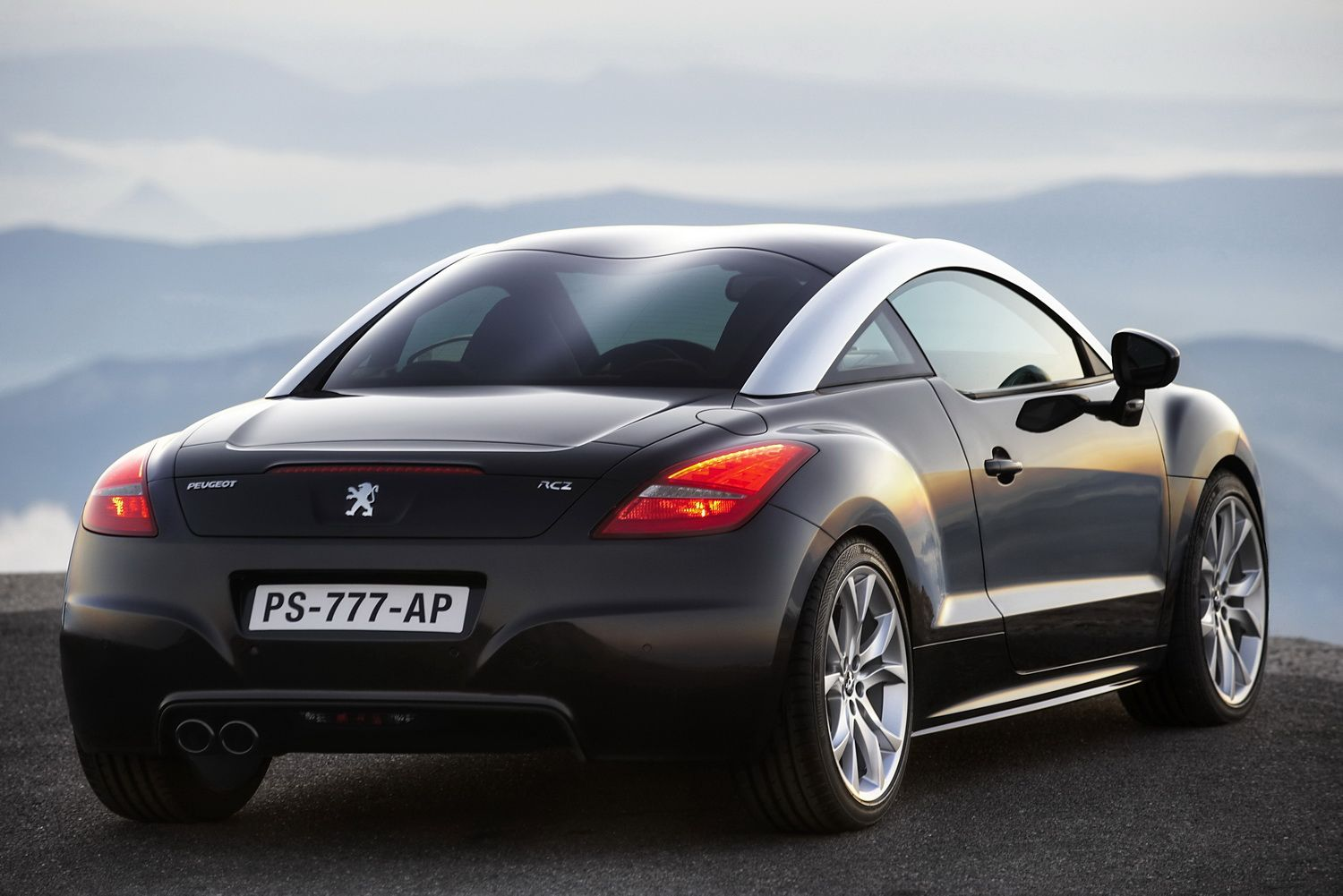new peugeot rcz coupe officially revealed details and. Black Bedroom Furniture Sets. Home Design Ideas