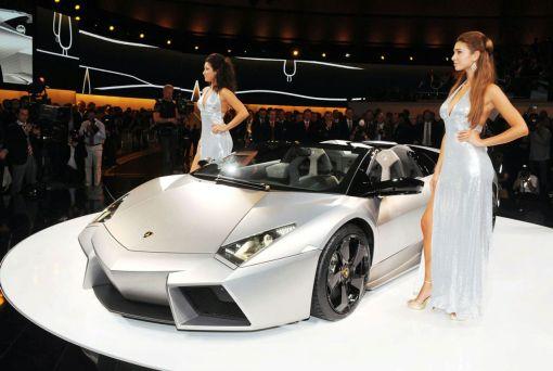 Lamborghini Reventon Roadster LIVE at 2009 Frankfurt Motor Show img_1 | AutoWorld