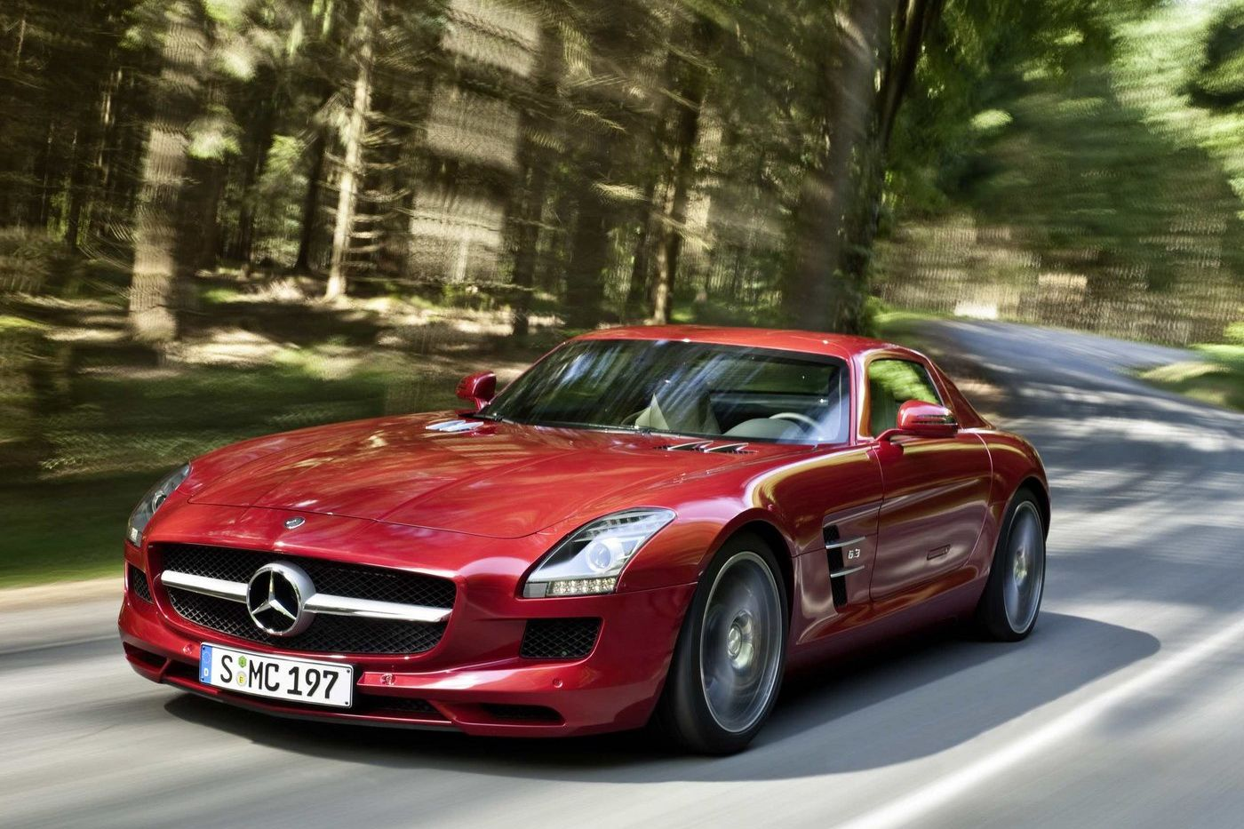 Mercedes benz sls amg gullwing 2010 img 14 it s your for Mercedes benz amg gullwing