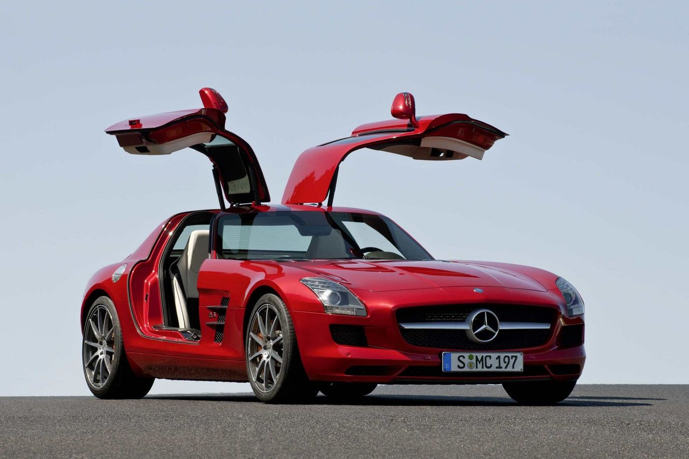 Mercedes benz sls amg gullwing 2010 img 18 it s your for Wing motors automobiles miami fl