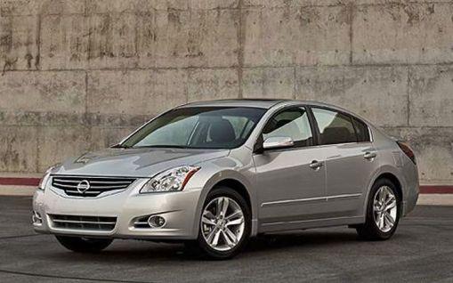 2010 Nissan Altima leaked img_1 | AutoWorld