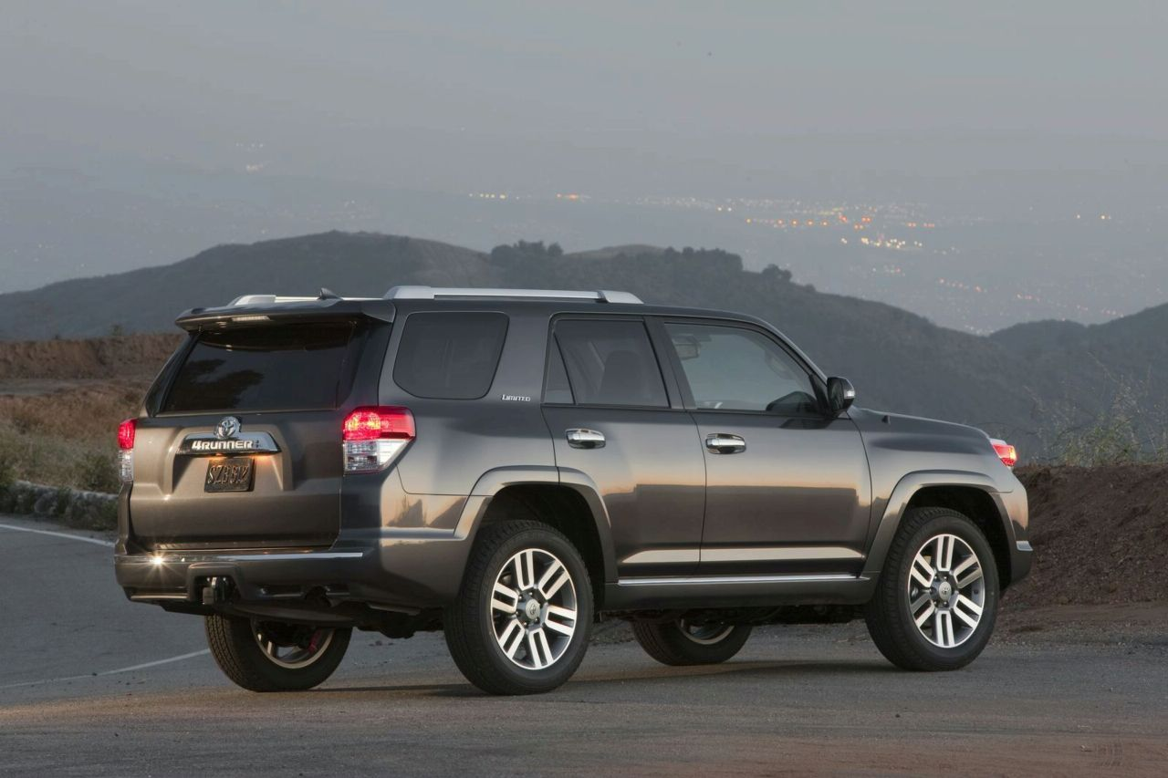 new 2010 toyota 4runner officially revealed photos and. Black Bedroom Furniture Sets. Home Design Ideas