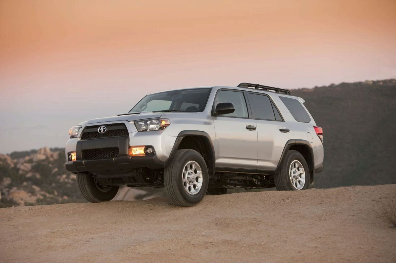 new 2010 toyota 4runner officially revealed photos and video it s your auto world new. Black Bedroom Furniture Sets. Home Design Ideas